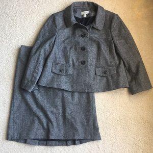 ⚡️SALE⚡️LOFT Ann Taylor skirt suit